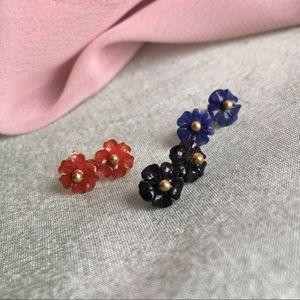 Jewelry - Onyx, Lapislázuli & Carnelian Earring Flower Stud